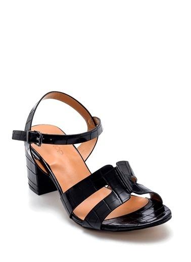 Derimod Kadın Sandalet (3047-3292-Y04) Casual Siyah